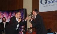 [Photos] Dovid Gabay and Avraham Fried at the Gateways On Pesach