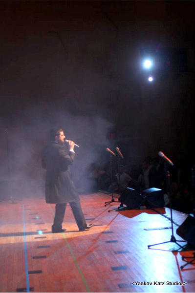 30-YBC,BF,C concert  (15)